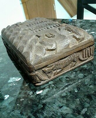 Small Antique Hand  Carved Wooden Box Very well carved. Amazing carving