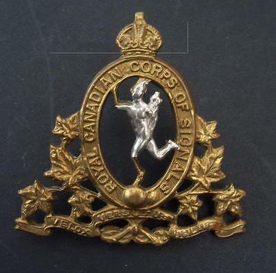 WW2 Original Royal Canadian Corps of Signals Cap Badge