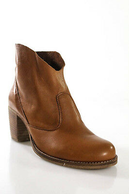 Designer Brown Leather Wood Heel Pull On Short Ankle Boots Size 7
