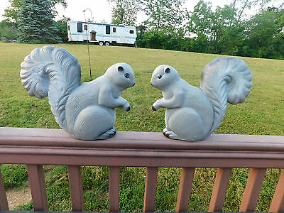 Union Products Blowmold Squirrel Lawn Yard Sculptures Don Featherstone Set of 2