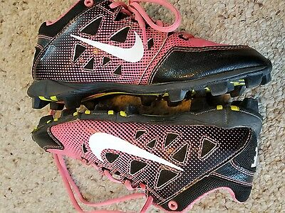 Nike Girls Pink and Black Softball Cleats size 4Y EUC Pre-owned