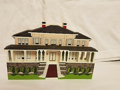 1996 Shella's Collectables Anne Cottage Mackinac Island, Michigan  Made In Usa