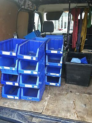 Plastic storage boxes, parts bins, stackable containers, size 4 (30 off)