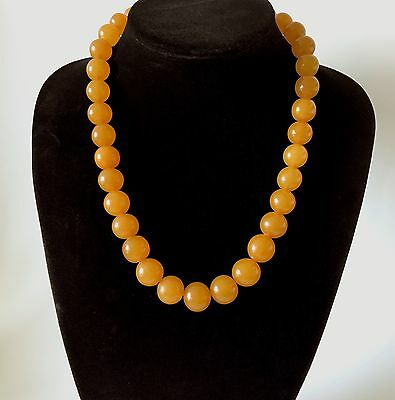 Old Baltic Amber beads necklace, weight 75 grams, Art Deco period, Baltic region