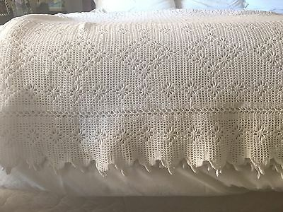 Antique Bedspread Coverlet Crochet Bed Cover Lace White Cotton Diamond VG C