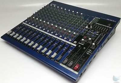Yamaha 16 Channel Mixing Console/on board effects MG16/6fx TESTED & WORKS GREAT!