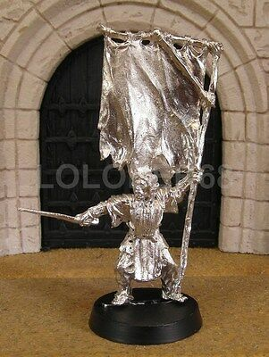 ORC BANNER BEARER - Lord Of The Rings Metal Figure(s)