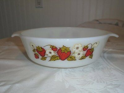 Rare Vtg Strawberry & Blossoms Anchor Hocking Milk Glass Casserole # 437 EUC