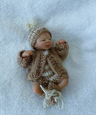 """Hand knitted doll clothes to fit 4.5"""" ooak"""