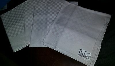 "YVES DELORME - SERVIETTE / TABLE NAPKINS - SET OF 4 - NEW! 23"" x 23"""