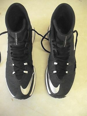 NIKE - Zoom Clear Out. Black/White Sneakers - Men's SIZE 11 $9.99