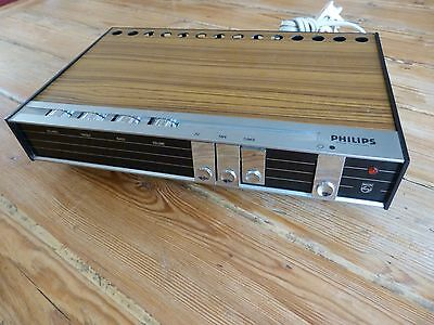 Compact, retro PHILIPS 22RH580/15T integrated stereo amplifier - GWO
