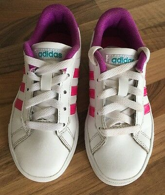 Girls Adidas Neo Trainers White With Pink Stripes Size 12 Comfort Foot Bed