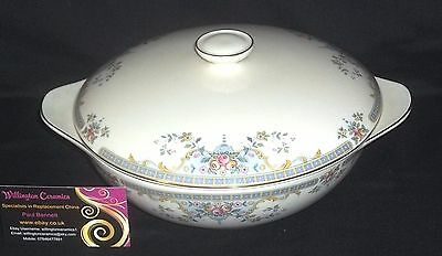 Royal Doulton THE ROMANCE COLLECTION - JULIET Covered Vegetable Tureen