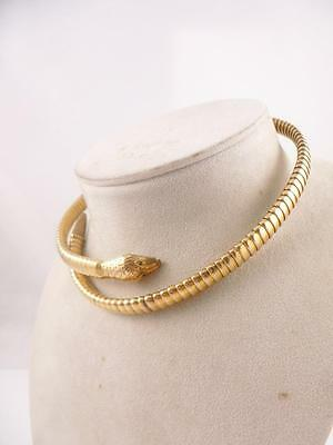 Antique Victorian English 9ct Gold Snake Sepent Coiled Necklace Green Eyes 1890s