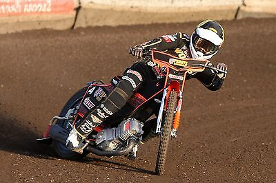 Wolverhampton Wolves---Jacob Thorssell--2017--10X8--Speedway--Action Photo(3)