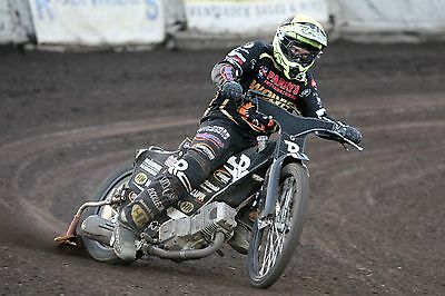 Wolverhampton Wolves---Mark Riss--2017--10X8--Speedway--Action Photo(1)