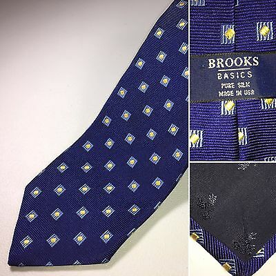 Brooks Brothers Men's Silk Tie Blue Silk Made in USA