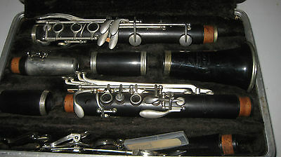 Vintage Buescher Selmer Clarinet With Case 400 series