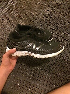 Men's size 9.5 New Balance