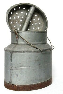 Oval Vintage French Galvanized Zinc Fishing Creel Bait Bucket w/ Handle