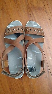 ECCO brown leather stud 38 7.5 sandals