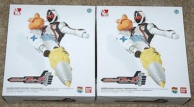 Lot of 2  1/6 KAMEN RIDER FOURZE MODULE SET  MEDICOM BANDAI