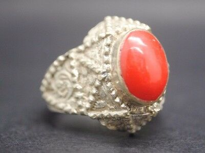 Antique Silver Ring With Stone Insert.