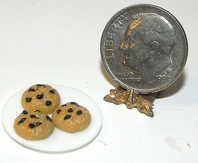 Dollhouse Miniature Chocolate Chip Cookies on Plate Multi Minis 1:12 Scale