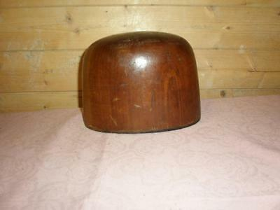 Vintage/Antique Wooden Hat Block, Milliners Stand.Shop Display..58- H.R.REED
