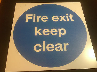 Fire Exit Keep Clear Signs x 100