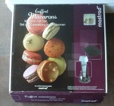 New In Box Mastrad Complete Macarons Making Kit