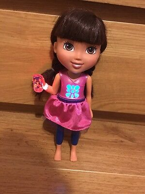 Dora & Friends In The City Talking Dora With Phone In Hand Very Good Condition