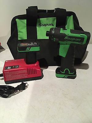 "Snap-On CTS761G 14.4 V 1/4"" Hex Drive MicroLithium Cordless Screwdriver Kit!!"