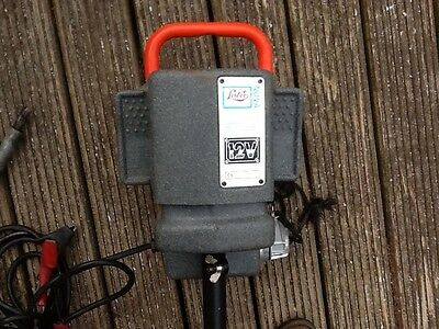 Sheep shearing machine Lister Nova 12v battery with Flexi Drive nearly new