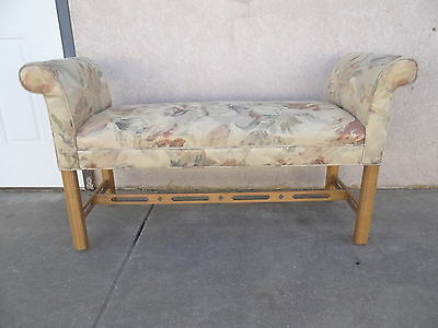 Ethan Allen Chippendale pierced carved window seat end of the bed bench stool