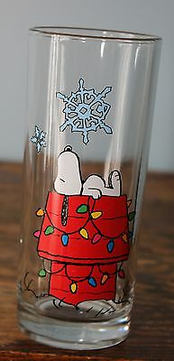 Snoopy on Doghouse Christmas glass snowflake 2012 Peanuts