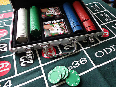 Poker table felt + other felts,Texas Holdem Set, chips, playing cards, dice etc.