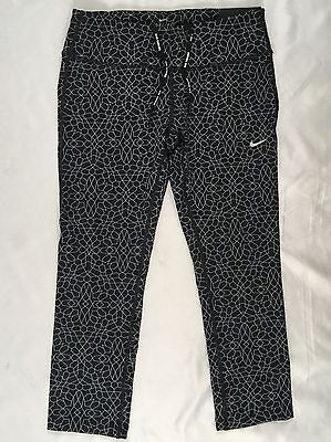 ab67bd330dc71 NIKE WOMEN'S CLUB Printed Cropped Leggings ( 689519) - Size XS ...
