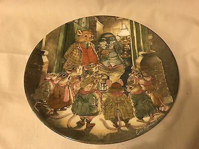 Wedgwood - Wind In The Willows - Decorative Plate - The Carol Singers