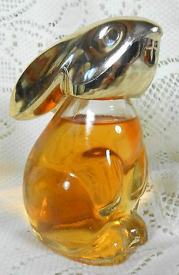 1975 Avon SNOW BUNNY Wheaton Glass Perfume Bottle w 3 Oz Sweet Honesty Cologne