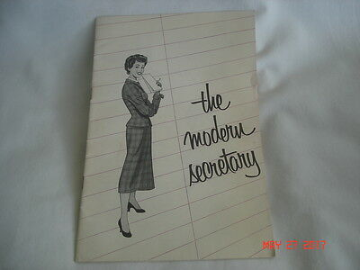 "NEAT 1955 ROYAL TYPEWRITER COMPANY "" The Modern Secretary "" BOOKLET BROCHURE"