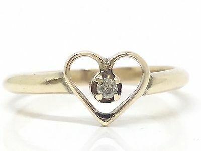VINTAGE Solid 9ct 375 Yellow Gold Heart Ring With Small Natural Diamond Size 5.5