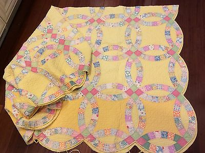 """LOVELY   VINTAGE Wedding Ring QUILT 72"""" x 84"""""""