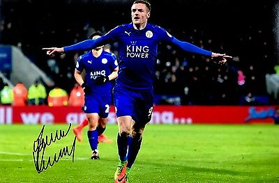 Soccer Leicester City Jamie Vardy Original Hand Signed Photo 12x8 With COA