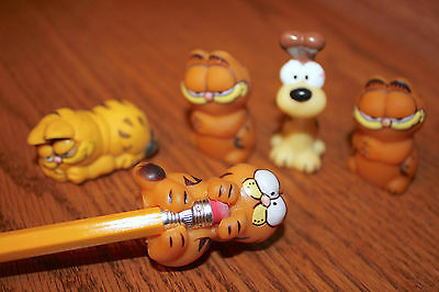 Vintage 1978 & 1981 Garfield & Odie Pencil Toppers & Eraser Lot of 6 HONG KONG