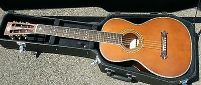 Washburn R314KK Acoustic Parlour Guitar with Hardcase. Immaculate!!