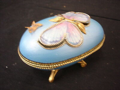 Decorative Collectors Egg Blue With Butterfly 10Cm Long Lot 4 Of 5