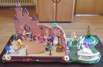 My little Pony Figuren mit Schloss Handgemacht, Castle Handmade, Brony, MLP, Fan
