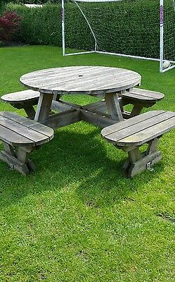 Pre owned Picnic Table 8 Seats Round Pub Bench Garden Furniture.